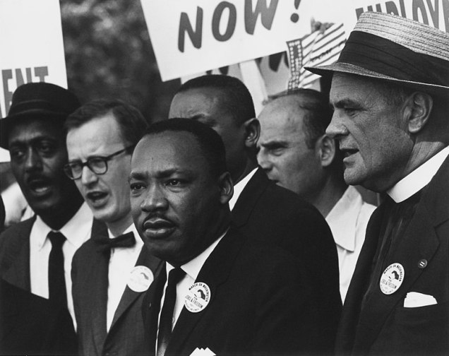807px-Civil_Rights_March_on_Washington,_D.C._(Dr._Martin_Luther_King,_Jr._and_Mathew_Ahmann_in_a_crowd.)_-_NARA_-_542015_-_Restoration